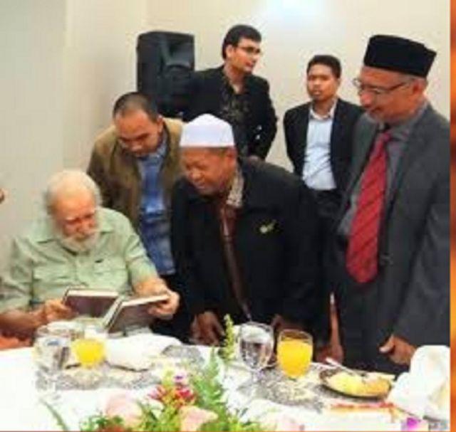 90 TAHUN SYED MUHAMMAD NAQUIB AL-ATTAS